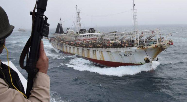 argentina-china-pesca-ilegal-26-02-2018